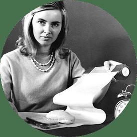 Kvinde med første bagepapir